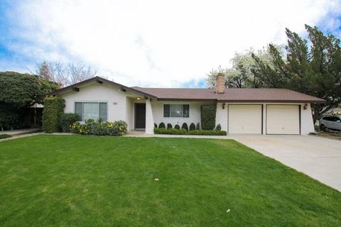 Photo of 1486 S Reed Ave, Reedley, CA 93654