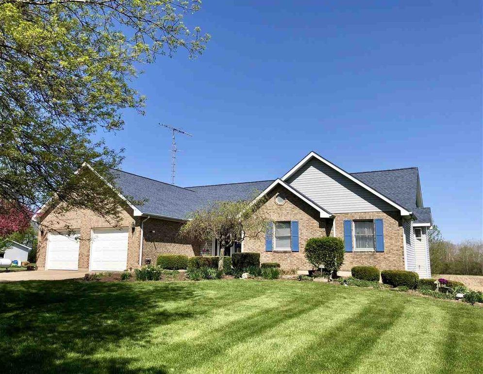 9ae90d6922c 705 W Grove Rd, Centerville, IN 47330 - realtor.com®