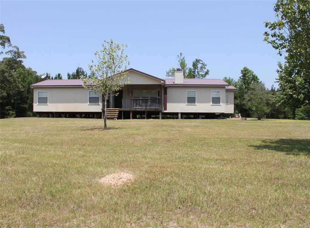 257 Red Wolf Ln, Brookeland, TX 75931