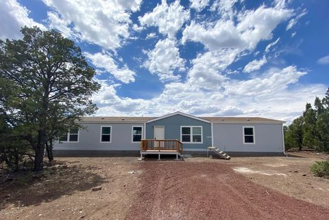 Photo of 30 County Road 3027, Vernon, AZ 85940