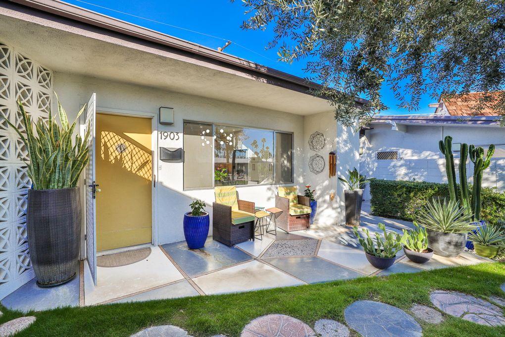 1903 E Tachevah Dr Palm Springs, CA 92262