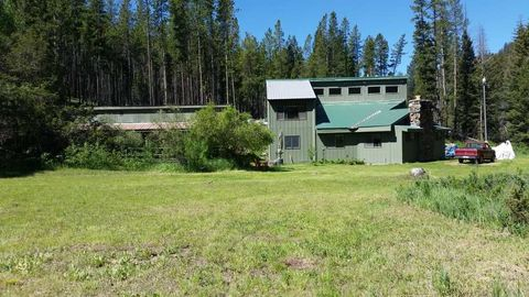 5487 Stemple Pass Rd, Lincoln, MT 59639