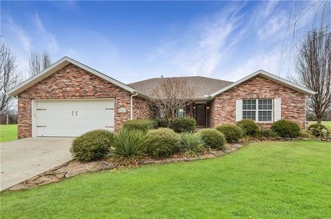 Photo of 13617 Perry Rd, Garfield, AR 72732