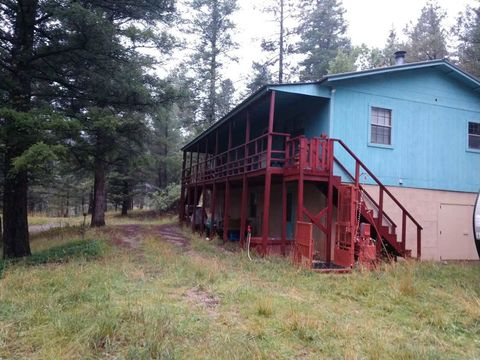 Photo of 28 Sherwood Forest Rd, Mayhill, NM 88339