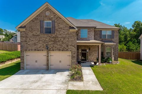 Excellent 214 Saintvry Path Atlanta Ga 30349 Home Interior And Landscaping Pimpapssignezvosmurscom