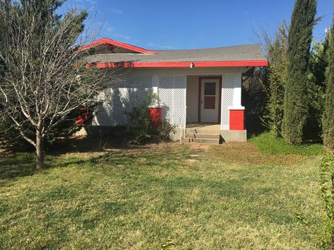 Photo of 6263 County Road 430, Loraine, TX 79532