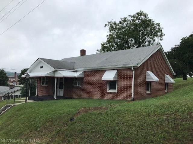 715 Franklin Ave Pulaski, VA 24301