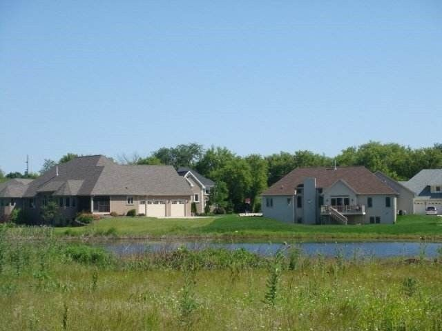 2756 Harpers Ct Milton, WI 53563