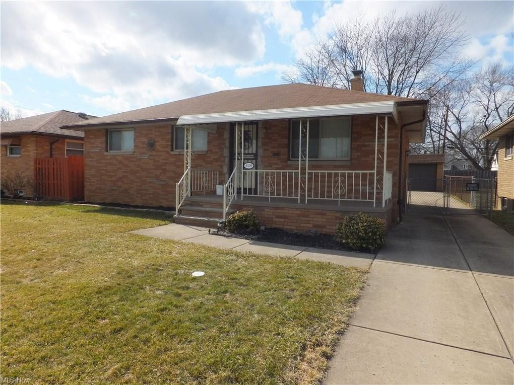 4530 W 154th St Cleveland, OH 44135