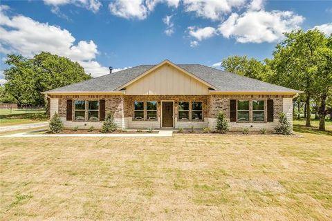 Photo of 104 Private Road 415, Covington, TX 76636