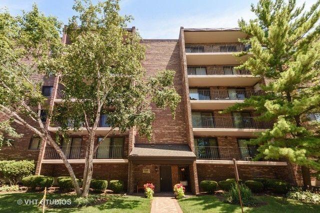 555 Graceland Ave Apt 405 Des Plaines IL 60016