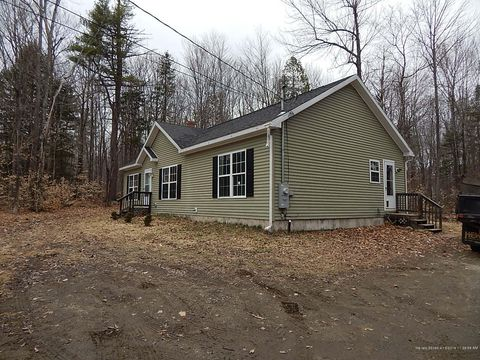 Photo of 135 Goodhue Rd, Sidney, ME 04330