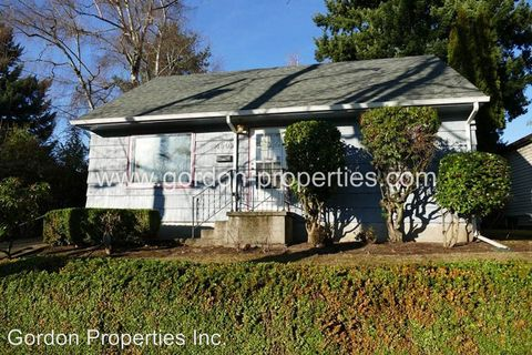 Photo of 4009 Se Flavel St, Portland, OR 97202