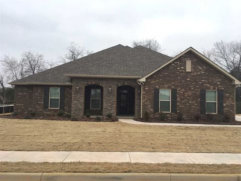 Photo of 223 Caudle Dr, Madison, AL 35756