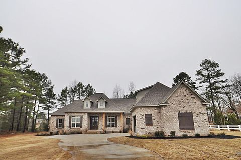 186 Timberlane Dr, Tupelo, MS 38801