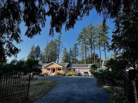 80 Vick Dr, Santa Cruz, CA 95060