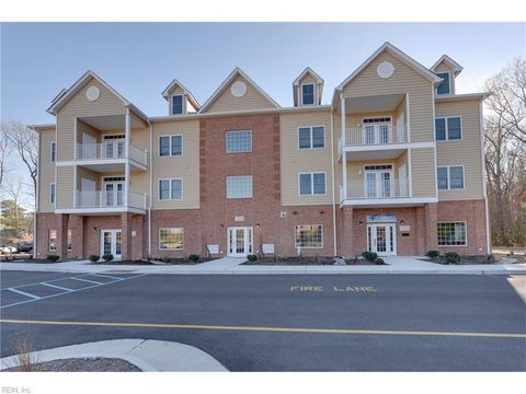 Photo of 200 Fountains Ln Apt 302, Poquoson, VA 23662