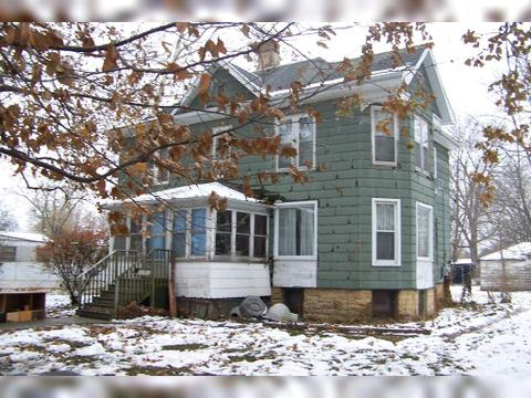 402 W Hickory St, Fairbury, IL 61739