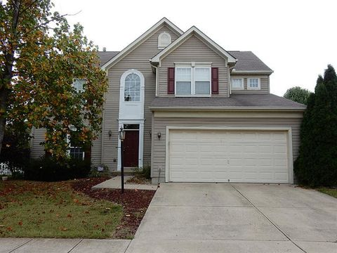 430 Indian Pointe Dr, Hamilton Township, OH 45039