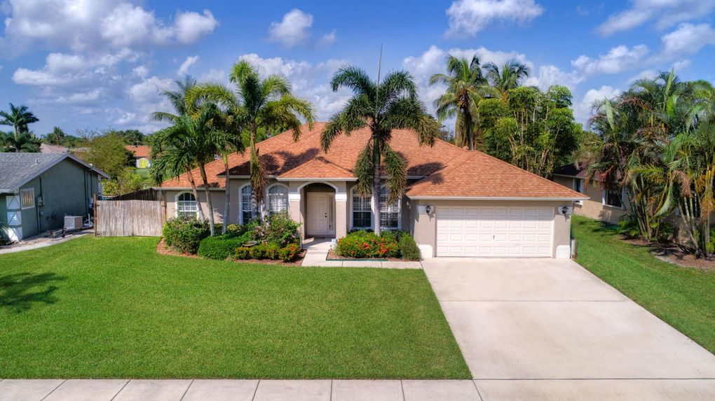375 000. West Palm Beach  FL Real Estate   West Palm Beach Homes for Sale