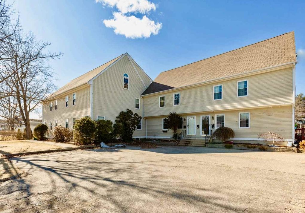 6 Gilman St Unit A, Dover, NH 03820