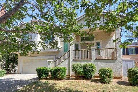Photo of 2825 Babson Dr, Elk Grove, CA 95758