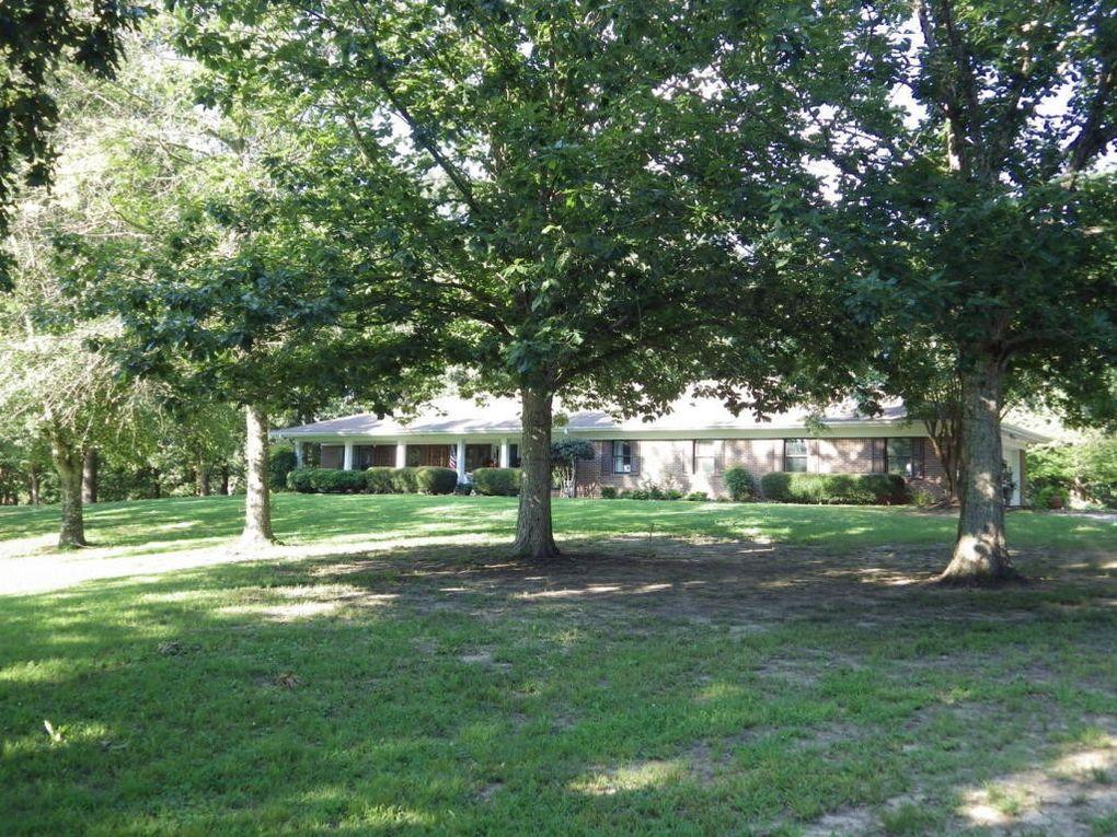 1458 Rock Hill Rd, Starkville, MS 39759
