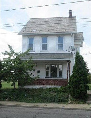 477 E 10th St, Northampton, PA 18067