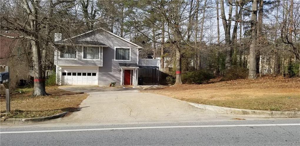 1802 Herrington Rd Lawrenceville, GA 30043