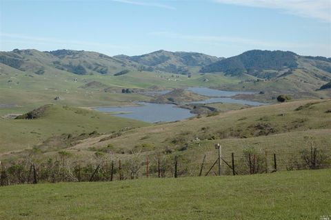 200 Tomasini Canyon Rd, Point Reyes Station, CA 94956