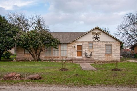 Photo of 224 College, Italy, TX 76651