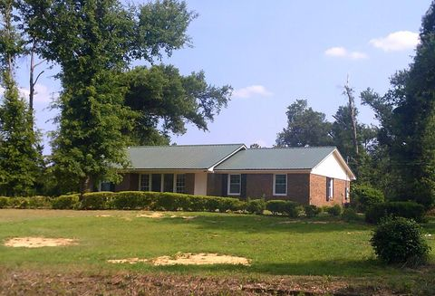 Photo of 3704 Parr Rd, Albany, GA 31705