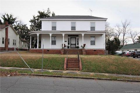 204 Hall St, Wadesboro, NC 28170
