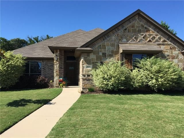 805 Soapberry Dr Weatherford, TX 76086