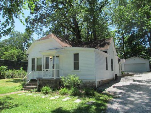 Photo of 316 Buesse Ln, Saint Louis, MO 63119
