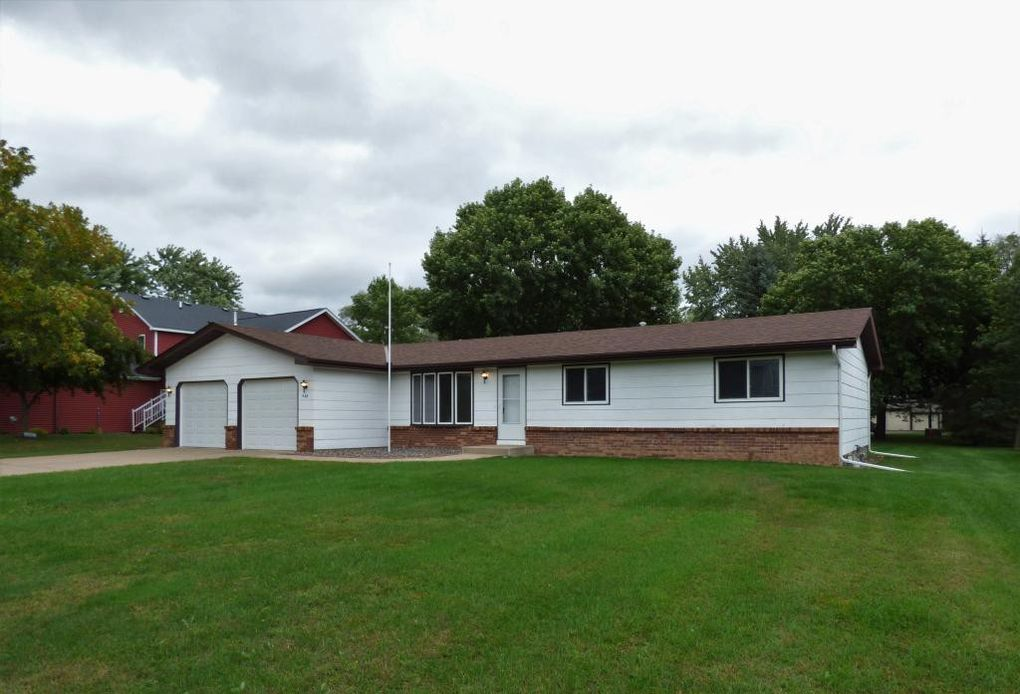 940 Xenia Ave NW Elk River, MN 55330