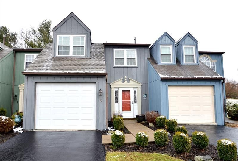 3 Monmouth Dr Cranberry Township, PA 16066