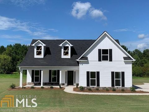Photo of 61 Waters Edge Ct, Griffin, GA 30224