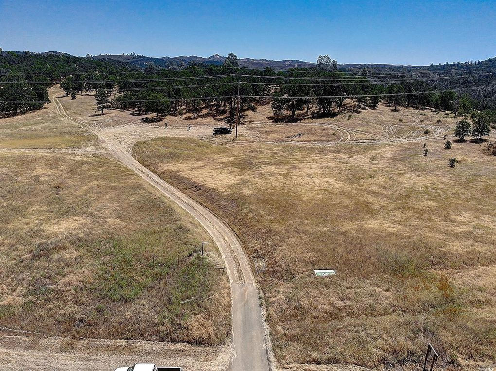 2560 State Highway 53 Clearlake, CA 95422