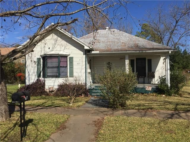 407 ne first st smithville tx 78957 home for sale and