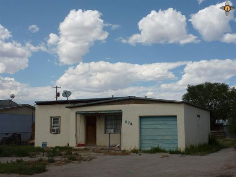 674 E Stephens Ave, Grants, NM 87020