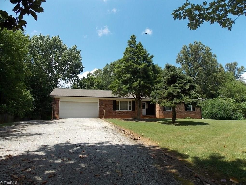 270 Paynetown Rd Mount Airy, NC 27030