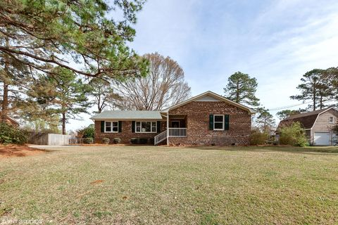 Photo of 814 Pine Forest Rd, Wilmington, NC 28409