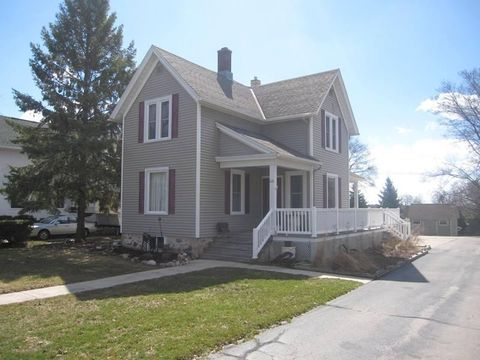 Photo of 631 Reed St, Plymouth, WI 53073