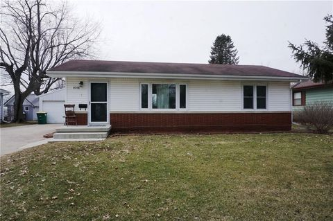 Photo of 1016 W South St, Winterset, IA 50273