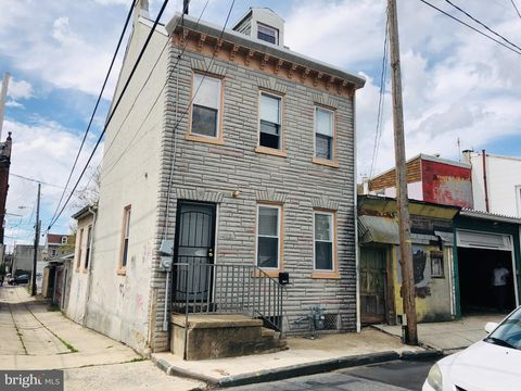 Photo of 208 Maple St, Reading, PA 19602