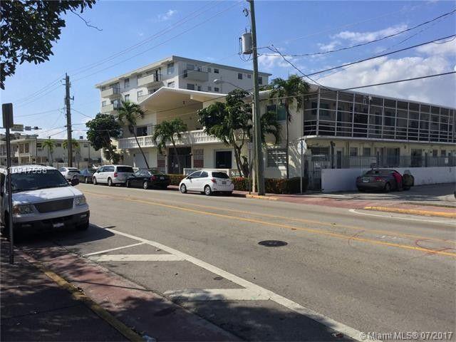 8040 Tatum Waterway Dr Apt 17, Miami Beach, FL 33141
