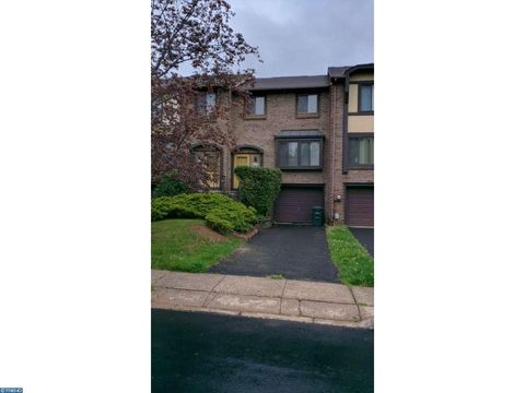3475 Coventry Pl, Holland, PA 18966