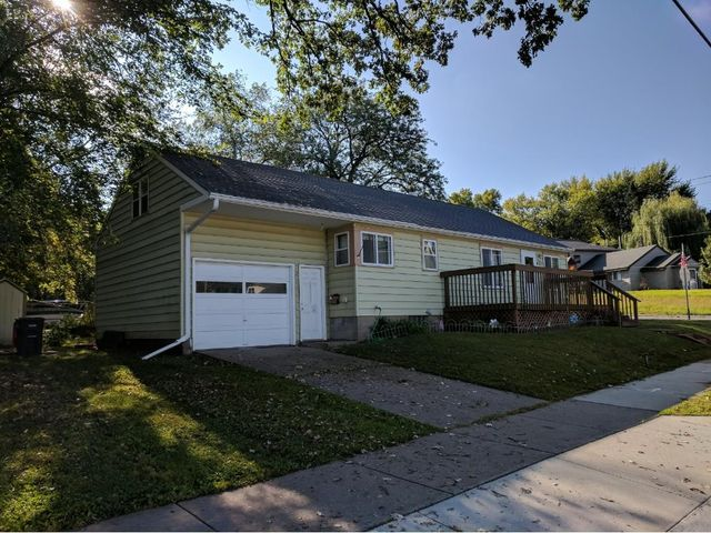 447 15th St, Red Wing, MN 55066