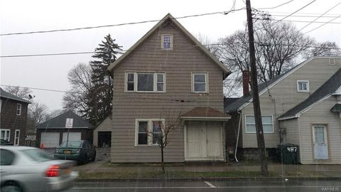 411 Oliver Front St Unit Upper, Niagara Falls, NY 14120. House For Rent